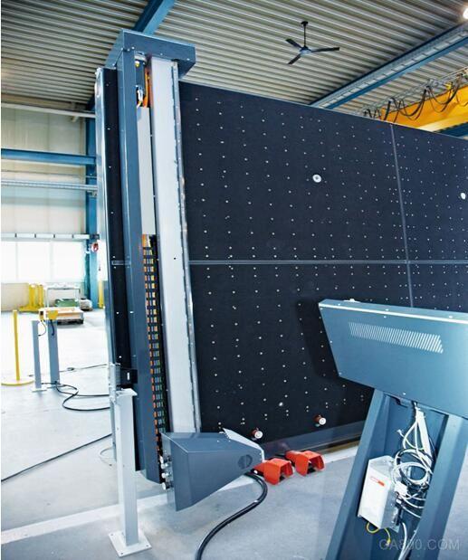 倍福 TwinCAT LiSEC 高效的机械工程 高性能玻璃加工