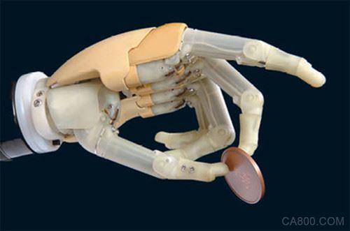英国科学家设计出了具备视觉仿生手