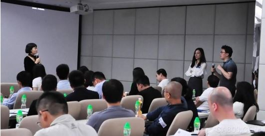�L江商�W院:�闹圃斓街窃�,如何���F技�g�c商�I�Y合?