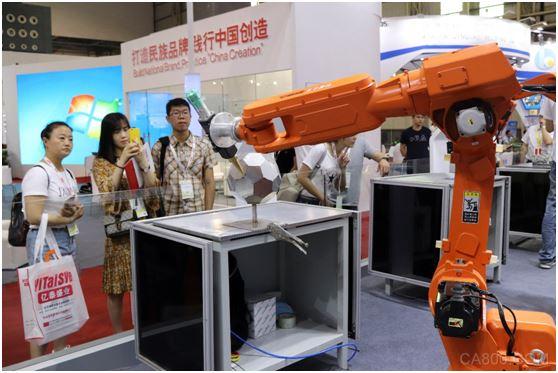 2018年,埃森焊接,钱江机器人