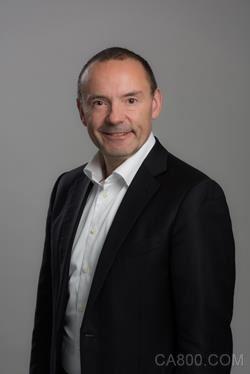 施耐德电气,工业自动化业务执行副总裁何维克