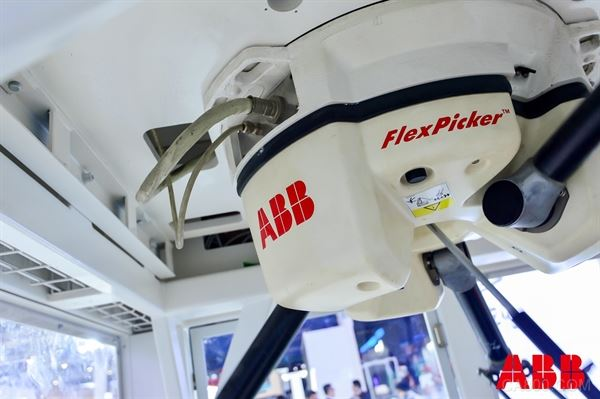 ABB,机器人,第三代PickMaster,视觉,包装
