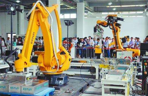 工业机器人,智能工厂