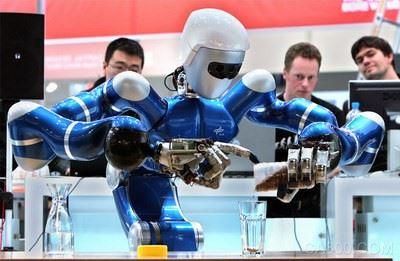 2015年:富士康的百万机器人计划还好吗?