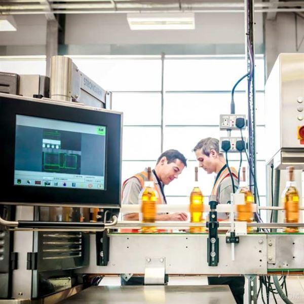 施耐德电气:提升工厂性能的四种方法