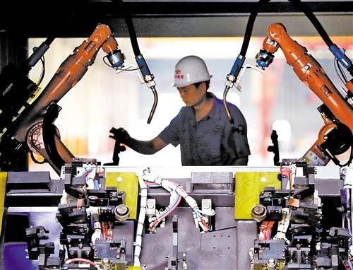 研发创新助推机器人闯市场