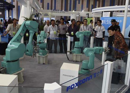 4万机器人上岗 富士康的自动化能力真的很强吗?