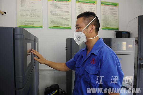 """""""水陆空""""立体化""""自修""""解决污染难题的电池生产厂"""
