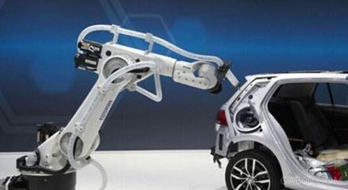 中国工业机器人可靠性仍需提升 核心技术方面需加速追赶