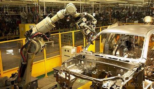 广州机器人产量全国第二 去年产业规模已近500亿元
