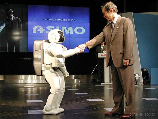 """人工智能划时代意义在哪? 李彦宏:人工智能使""""唤醒万物""""成为可能"""
