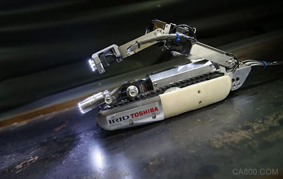 国内首套用于核电应急的耐核辐射机器人亮相成都
