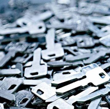 钥匙技术:倍福基于 PC 的控制技术应用于制造精度为 10 微米的高精度钥匙生产