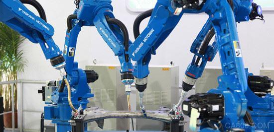 我国工业机器人产业呈快速发展态势 产品功能不断拓展