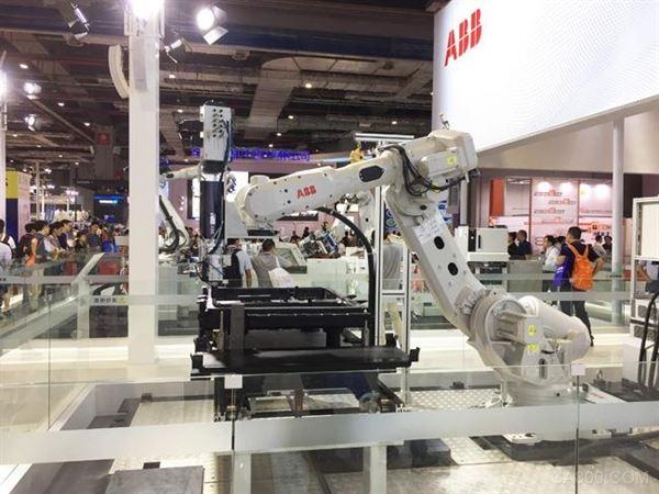 连续六年成全球最大机器人应用市场 2019年将成中国机器人产业转型之年
