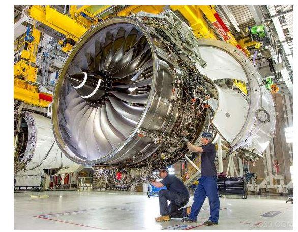 航空业艰难 为自保罗罗拟裁撤9000工作岗位