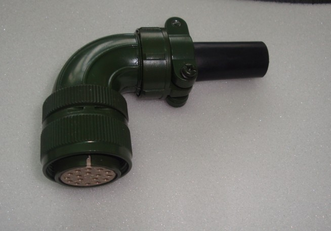 航空插头连接器