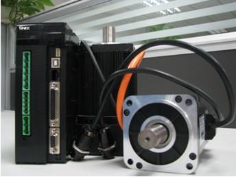 正弦 EA100 伺服驱动器