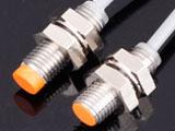 电感式耐高压型接近开关