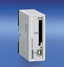 CU8005, CU88704 端口 USB 2.0 集线器,USB CF 卡插槽