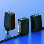 IDEC SA1E型 - 小型光电传感器