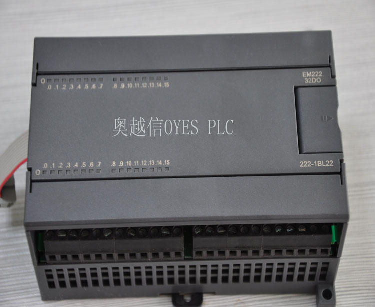 OYES EM222数字量32点晶体管输出