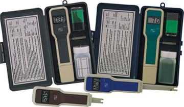 OMEGA经济型pH、ORP、电导率和TDS测试仪