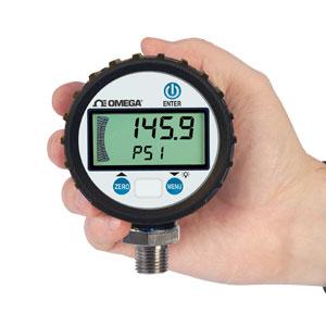 OMEGA通用数字压力计具有0.25%的端点精度