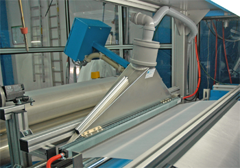 如何通过旋风除尘除静电减少印刷中的脏点