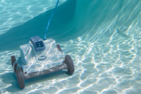 中科院研制出新型高效水面自动清洁机器人