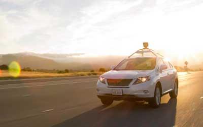 谷歌无人车出事故:自身传感器受损