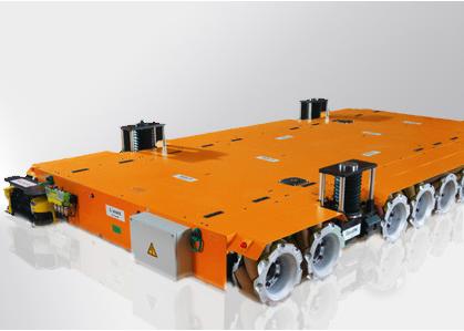 KUKA KMP OMNIMOVE 作为重负荷平台:可在非常窄的空间上灵活行驶