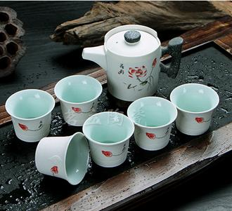 景德鎮7頭荷花紋陶瓷茶具套裝