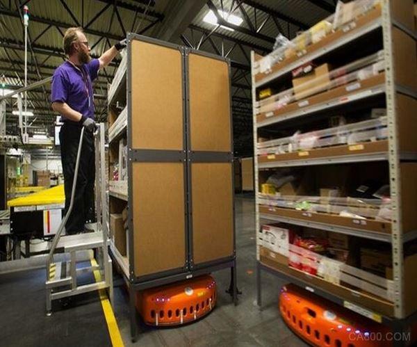 亚马逊的仓库机器人又增 1.5 万台
