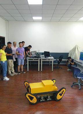 """机器人""""群雄逐鹿""""陕西机器人产业发展现状调查"""