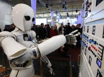 世上最小手术机器人诞生 外科手术机器人2024年将达到200亿美元