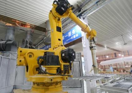 最大机器人市场!2017年我国工业机器人产量近7.2万套
