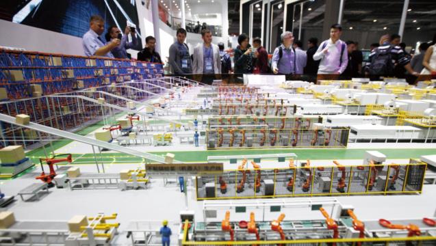 中国制造业员工工资十年间已翻番