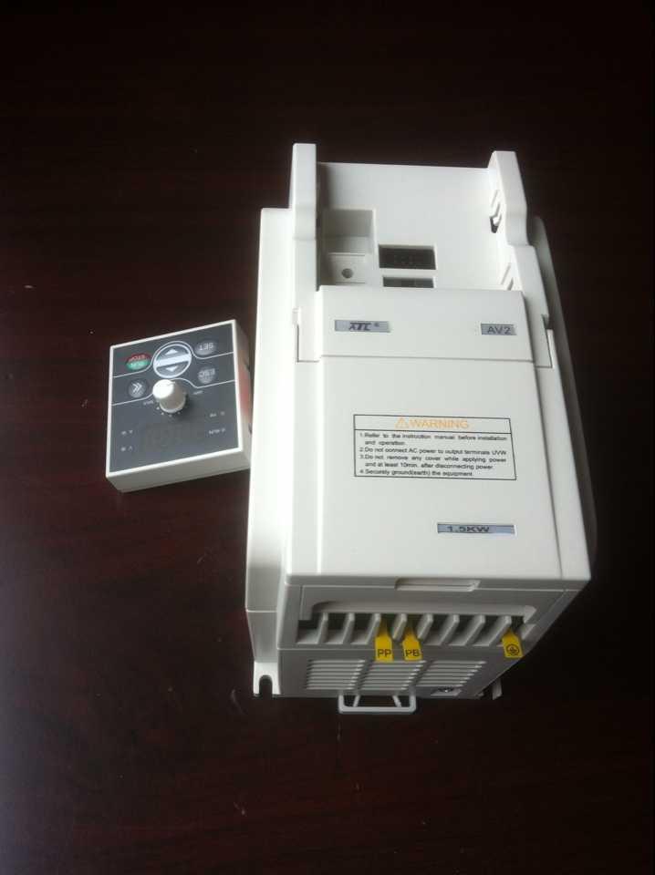 2.2kw单相矢量变频器AV2系列爱德利变频器厂家直销