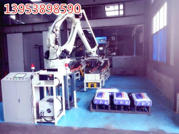 全自动码垛机械手适应生产线的生产速率,节省人工