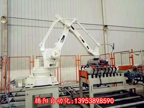 碼垛機機器人是很多企業不可缺少的幫手