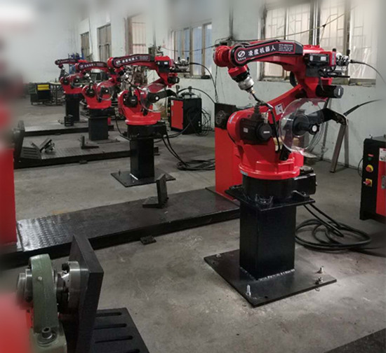 """当""""机器人+""""运用到这些行业,会擦出怎样的火花?--徕深科技"""