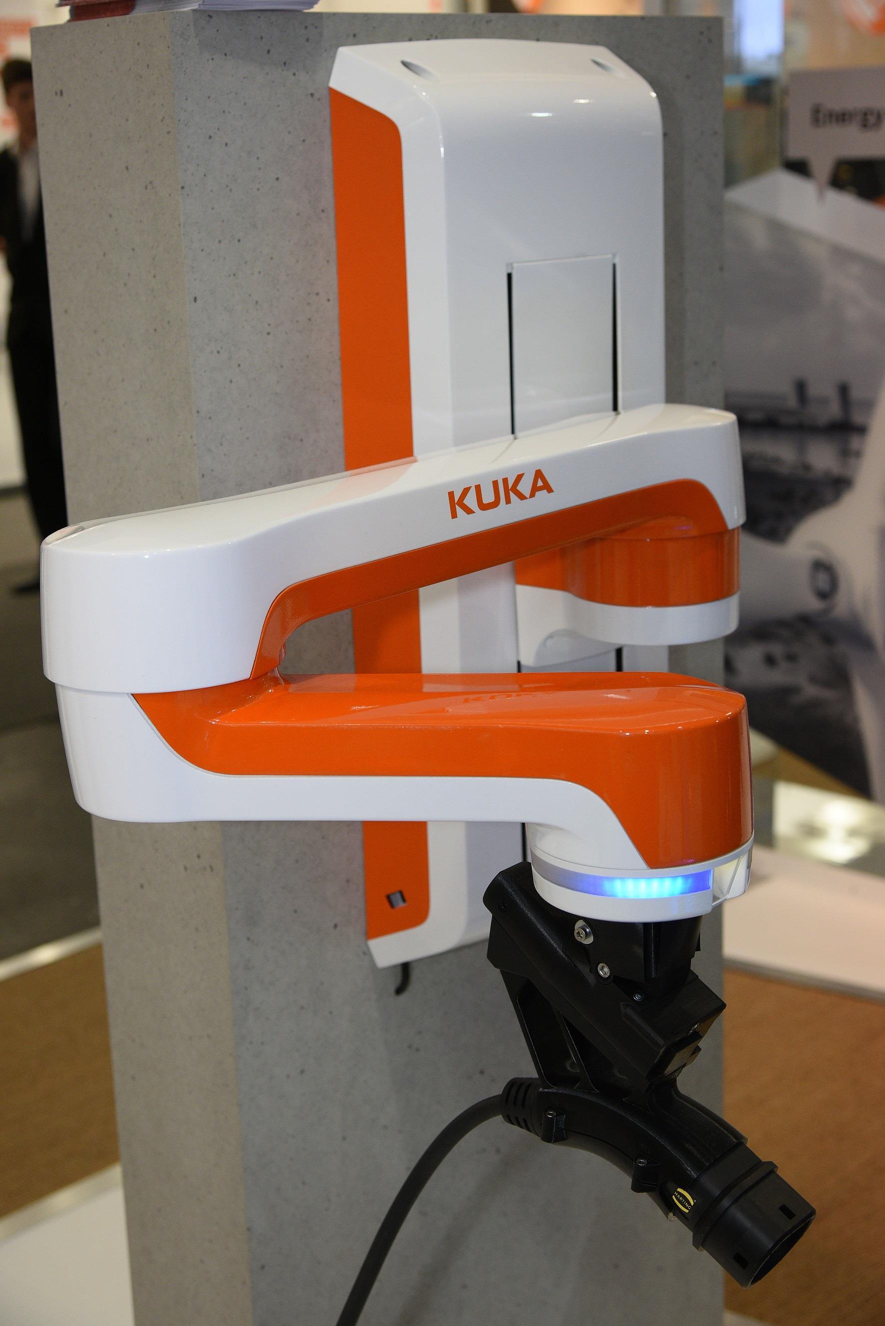 迪拜国际通讯及消费电子展览会(GITEX):浩亭为电动汽车提供智能解决方案
