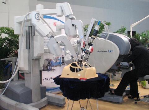 达芬奇机器人拟在华设立制造研发基地
